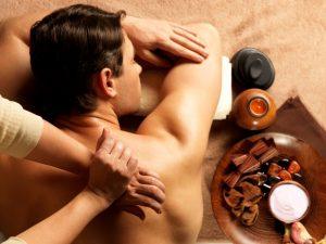 Massage af uddannade massører